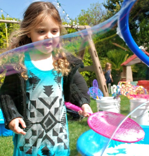 best-bubble-party-outside-1